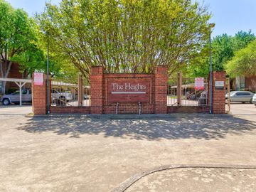 3244 Donnelly Circle #1112, Fort Worth, TX, 76107,