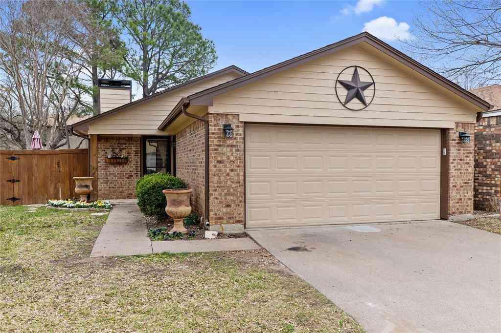 1716 Magnolia Lane, Euless, TX, 76039,