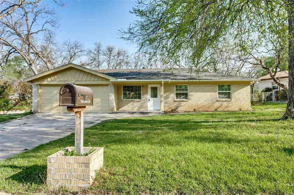 117 Oak Drive E, Hurst, TX, 76053,