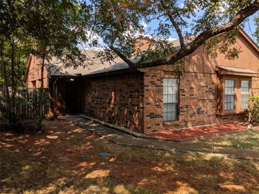 232 S Pipeline Road W #234, Euless, TX, 76040,