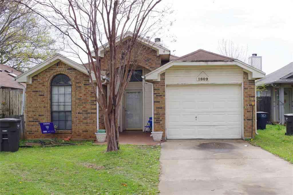 1809 Woodhall Way, Fort Worth, TX, 76134,
