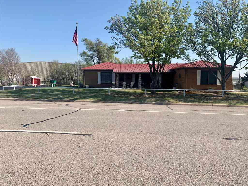 1231 E Highway 82, Nocona, TX, 76255,