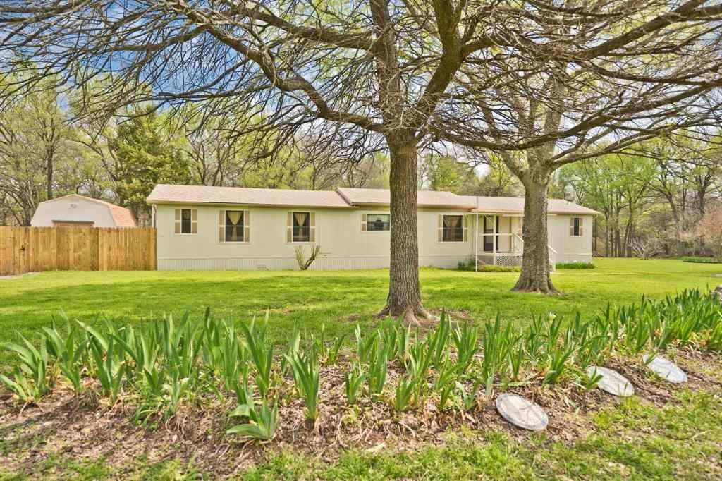 1027 Glen Brook Drive, Pecan Hill, TX, 75165,