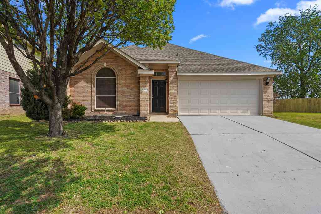 200 Elk Run Drive, Fort Worth, TX, 76140,