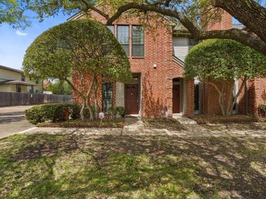 4720 El Campo Avenue, Fort Worth, TX, 76107,