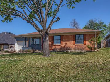 629 New Market Road, Mesquite, TX, 75149,