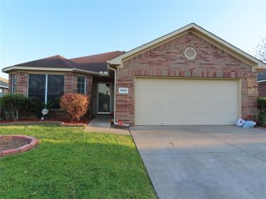 7258 Wild Wing Drive, Fort Worth, TX, 76120,