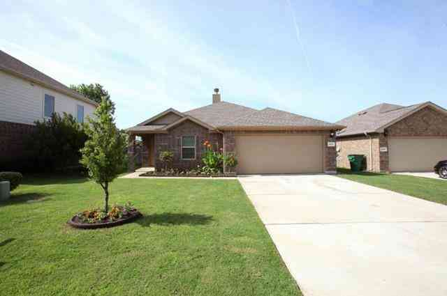 9012 Holliday Lane, Cross Roads, TX, 76227,