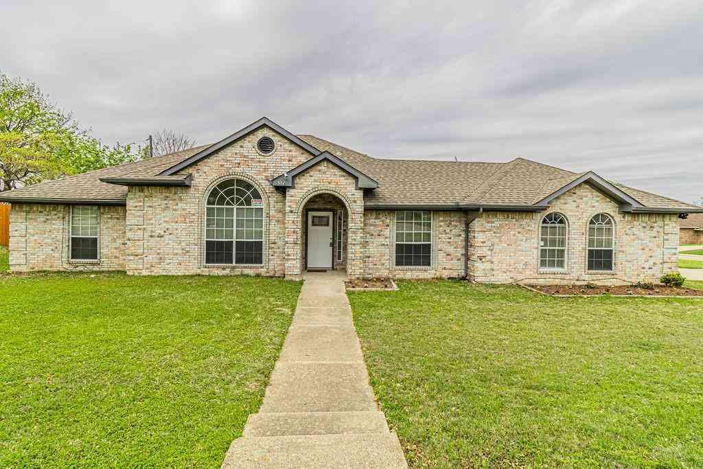 551 Honeysuckle Lane, Cedar Hill, TX, 75104,