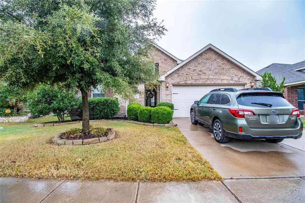 636 Bareback Lane, Fort Worth, TX, 76131,