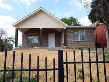 2901 Ave L, Fort Worth, TX, 76105,