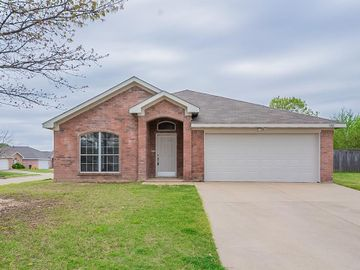 3201 Kayla Court, Fort Worth, TX, 76053,