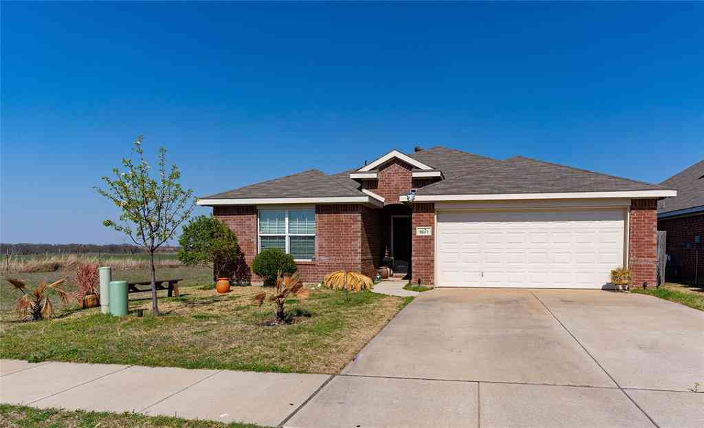 10317 Manhassett Drive, Fort Worth, TX, 76140,