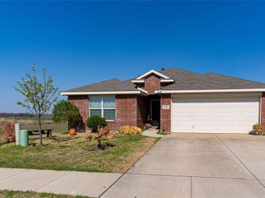 10317 Manhassett Drive, Fort Worth, TX, 76140,