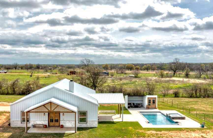 1527 J E Woody Road, Springtown, TX, 76082,