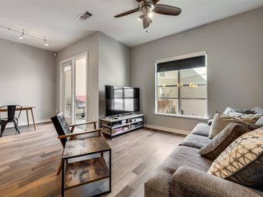 2950 Mckinney Avenue #322, Dallas, TX, 75204,