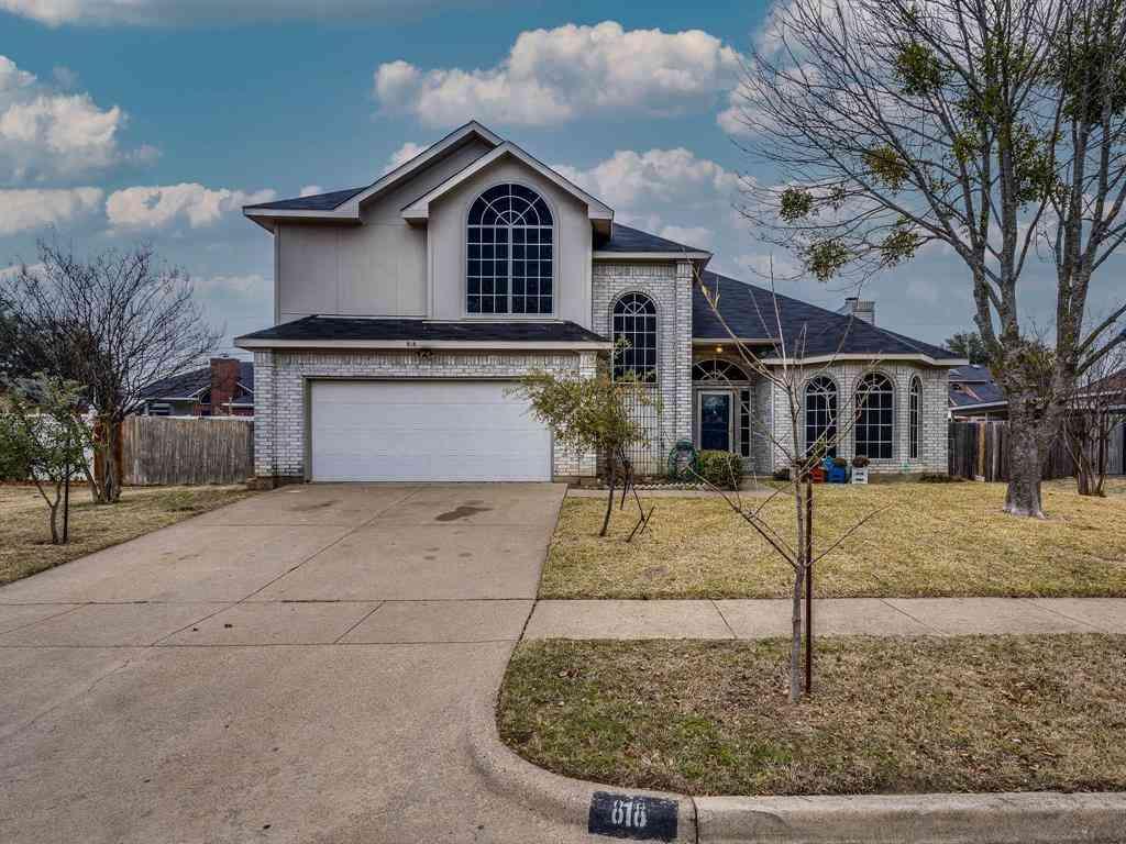 818 Steadman Drive, Cedar Hill, TX, 75104,