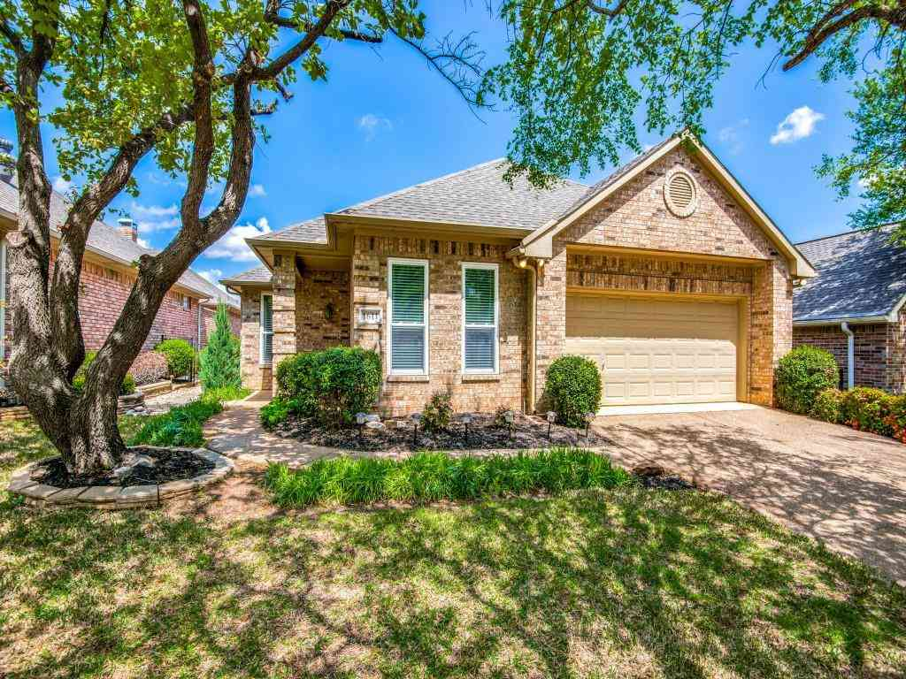 1611 Villa Court, Corinth, TX, 76210,