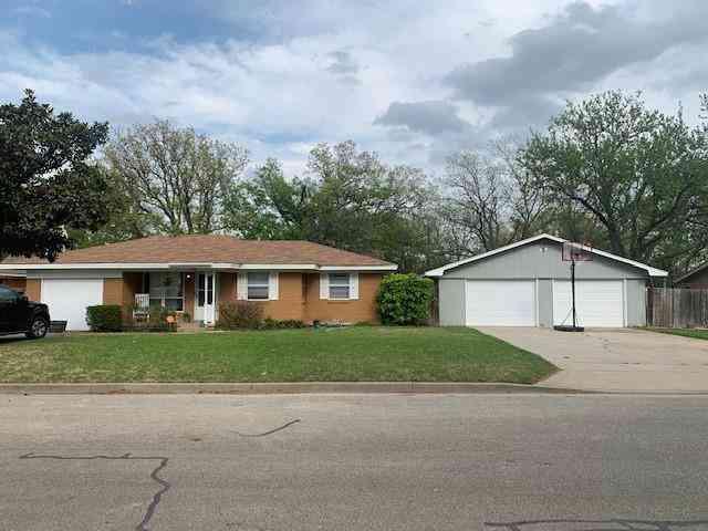 106 N 9th Street, Sanger, TX, 76266,