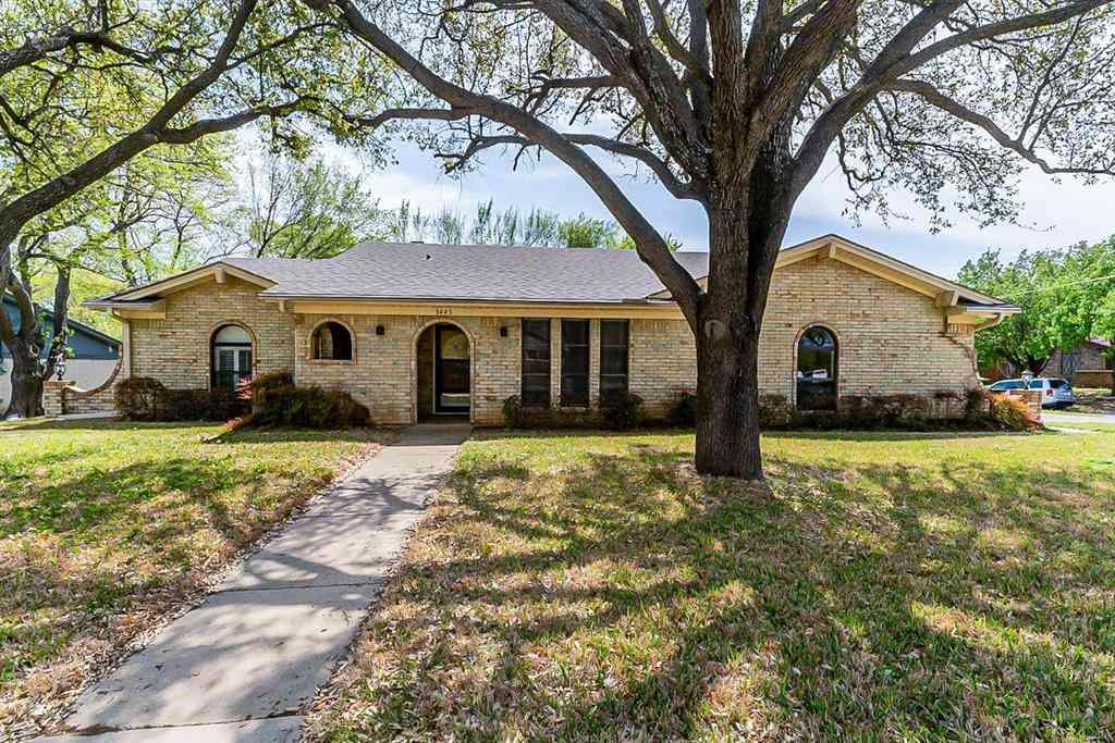 3445 Willowcrest Drive, North Richland Hills, TX, 76117,