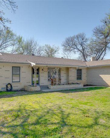 901 Acorn Street Bedford, TX, 76022