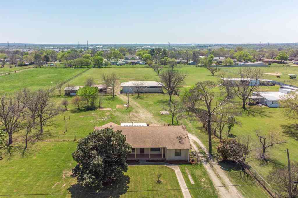 916 Oak Grove Road E, Fort Worth, TX, 76028,