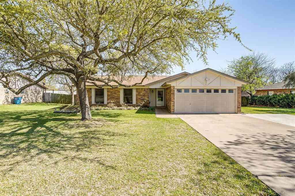 1213 Bradley Drive, Cleburne, TX, 76033,