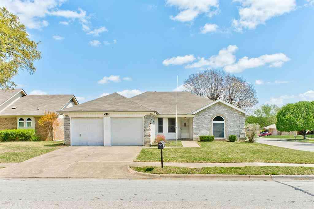 7900 Berrybrook Drive, Watauga, TX, 76148,