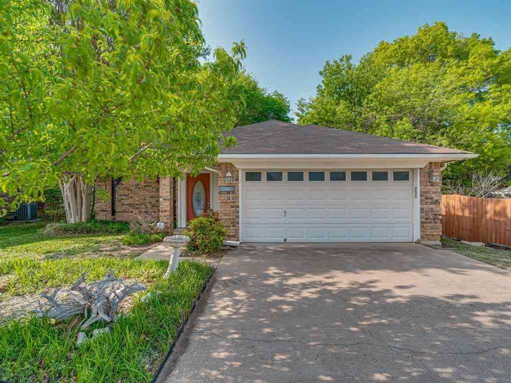 2705 Dover Gardens Drive, Arlington, TX, 76017,