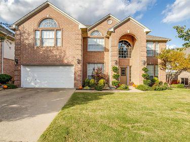 6420 Fianna Hills Drive, Fort Worth, TX, 76132,