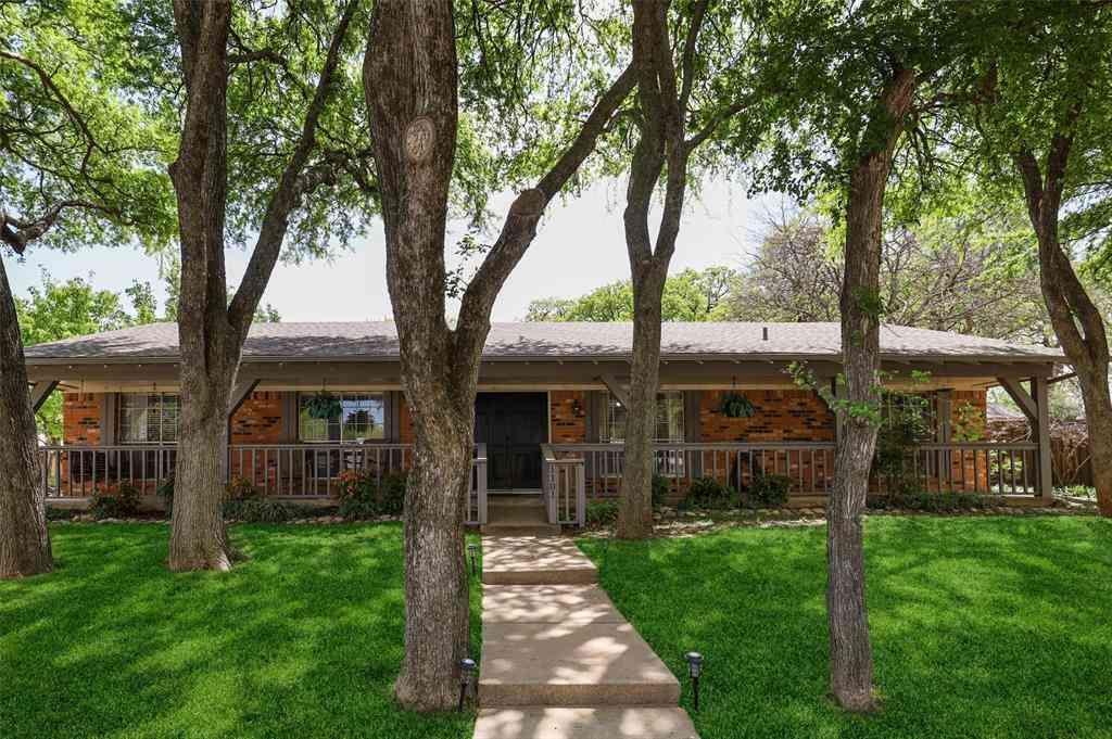 1101 Kathryn Street, Hurst, TX, 76053,