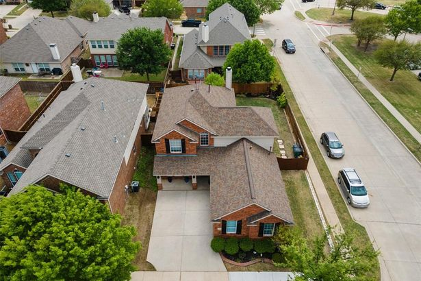 8513 Lonesome Spur Trail