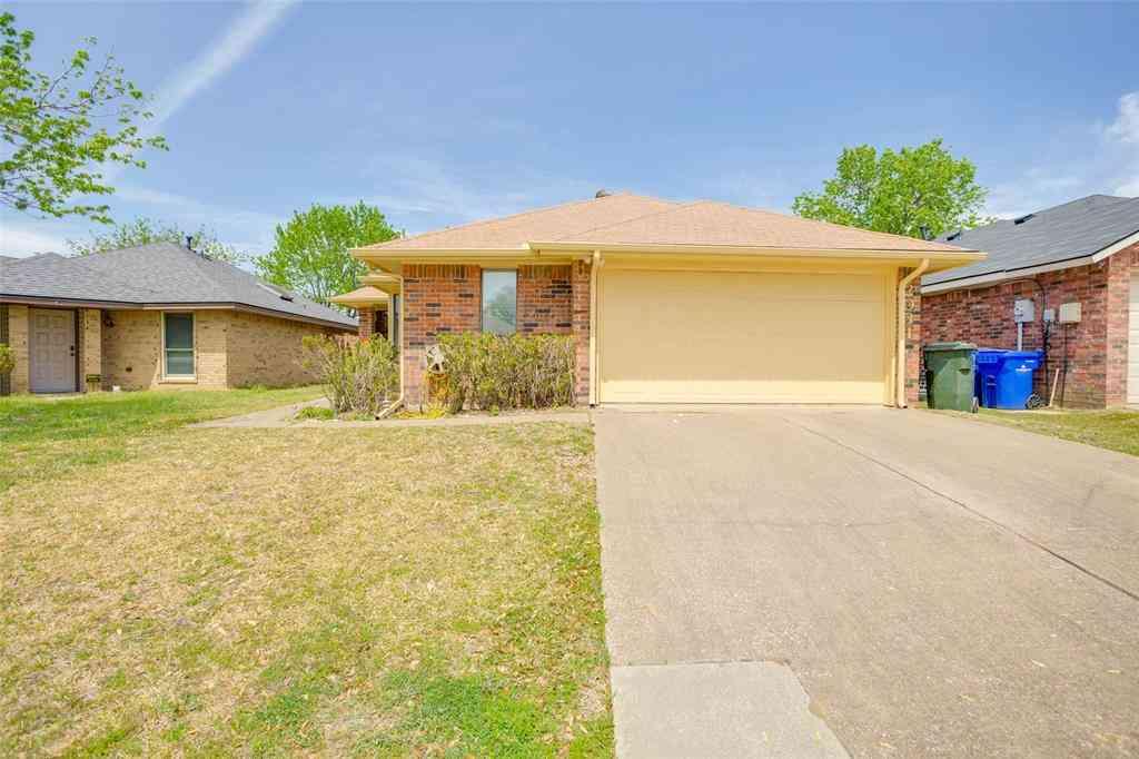 2031 Avignon Drive, Carrollton, TX, 75007,