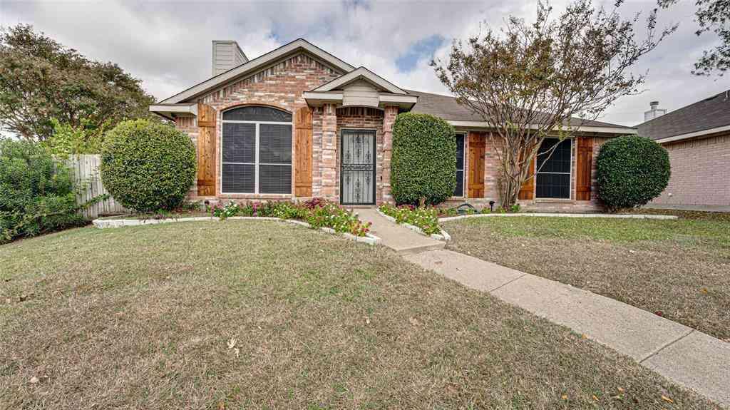 801 Applewood Drive, Cedar Hill, TX, 75104,