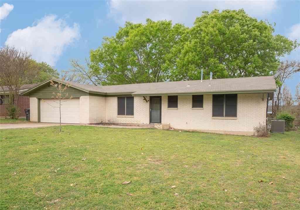 1204 Tanglewood Drive, Cleburne, TX, 76033,