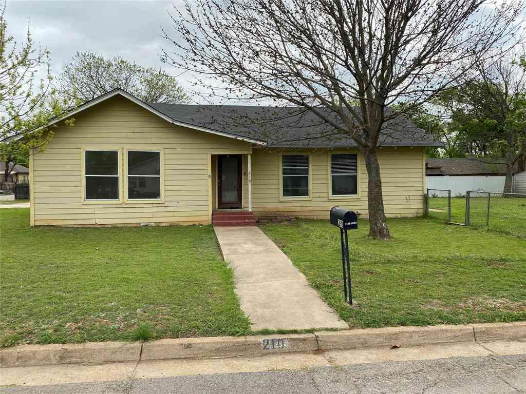 210 N Pendell Avenue, Cleburne, TX, 76033,