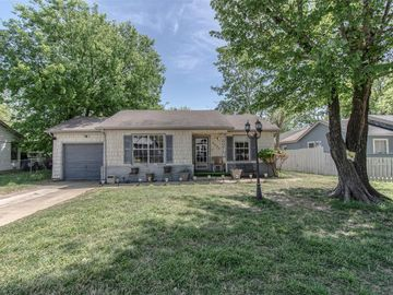 2225 Garrison Avenue, Fort Worth, TX, 76105,
