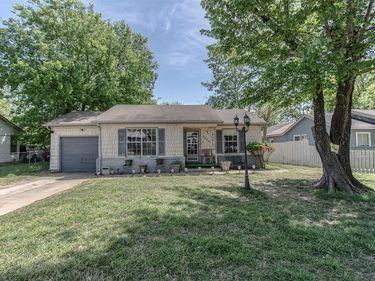 2225 Garrison Avenue, Fort Worth, TX, 76105,