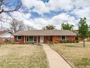909 Lake Charles Avenue, Fort Worth, TX, 76103,