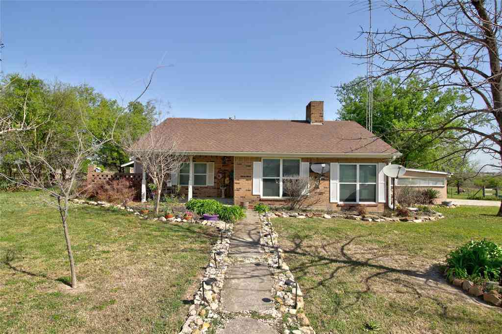 1307 County Road 320, Valley View, TX, 76272,
