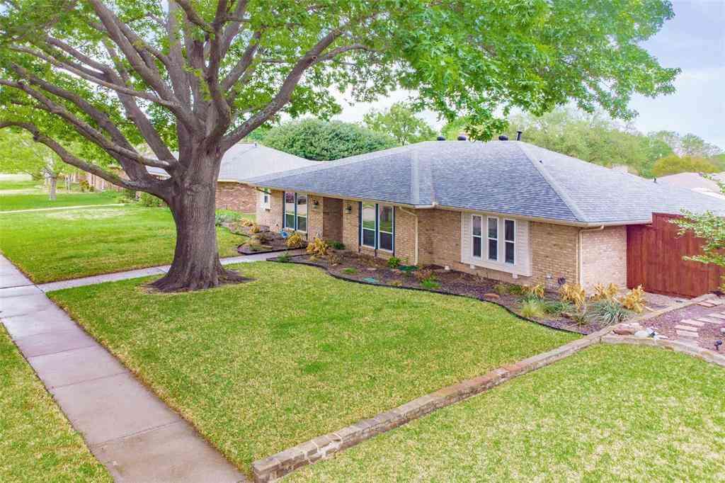 2209 Aspen Street, Richardson, TX, 75082,