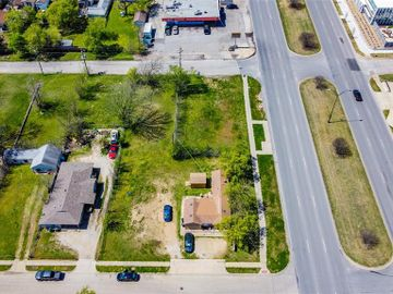 304 Clairemont Avenue, Fort Worth, TX, 76103,