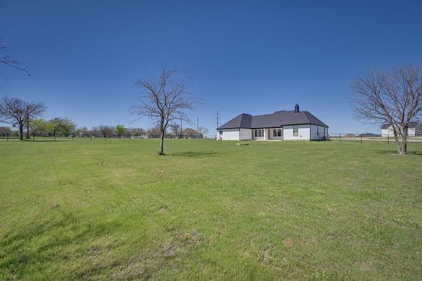 8112 Cutter Corral Road