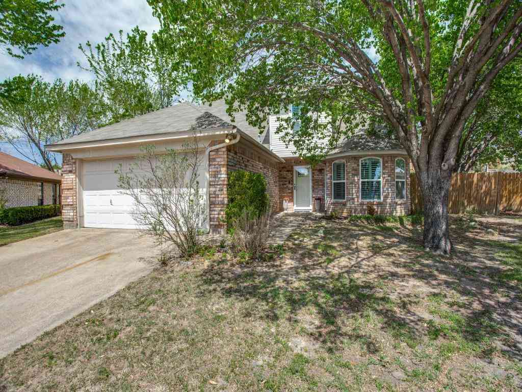 400 Scrub Oak Court, Fort Worth, TX, 76108,