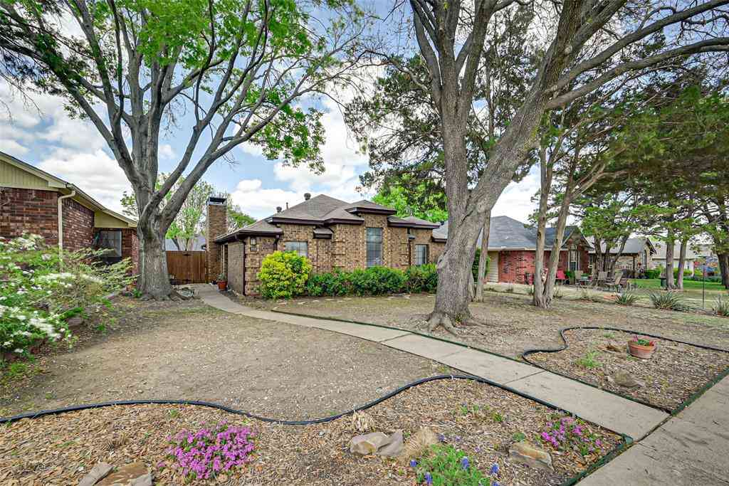 330 Bryant Lane, Cedar Hill, TX, 75104,