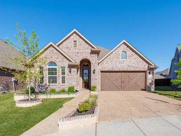 502 Pineview Drive, Euless, TX, 76039,