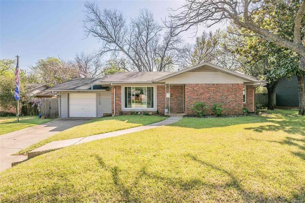 213 Pennie Court, Arlington, TX, 76013,
