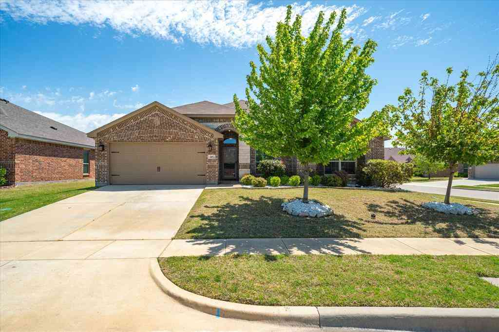 207 Chaco Drive, Forney, TX, 75126,