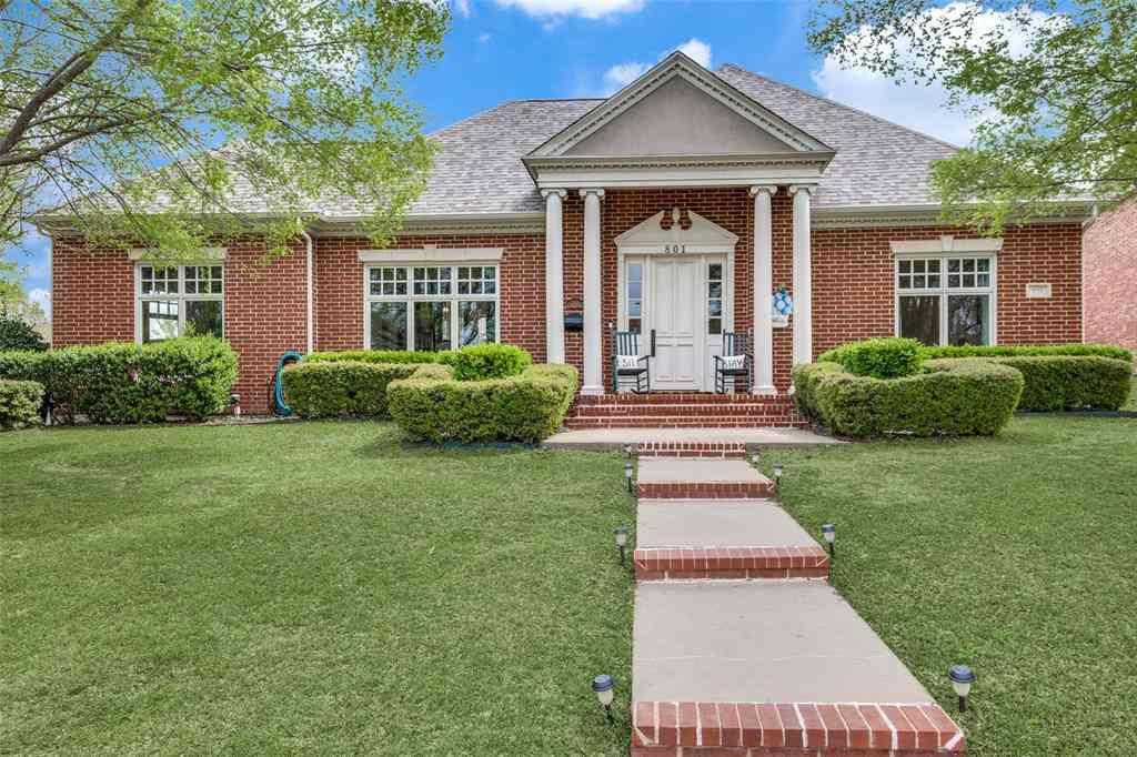 801 Sir Galahad Lane, Lewisville, TX, 75056,