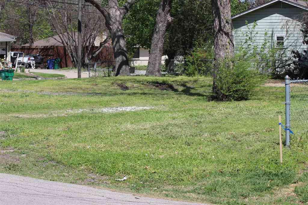 1116 Sherman Street, Mckinney, TX, 75069,